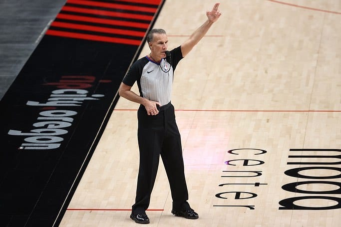 How to Become an NBA Referee 1